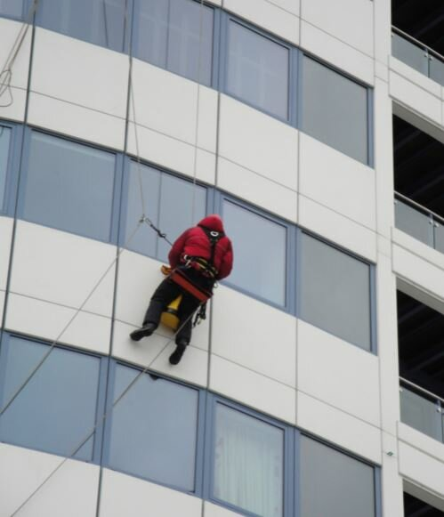 window cleaning in seattle